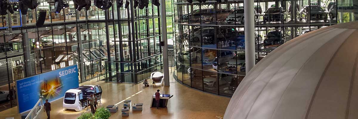 """In the """"Transparent Factory"""" of Volkswagen in Dresden"""