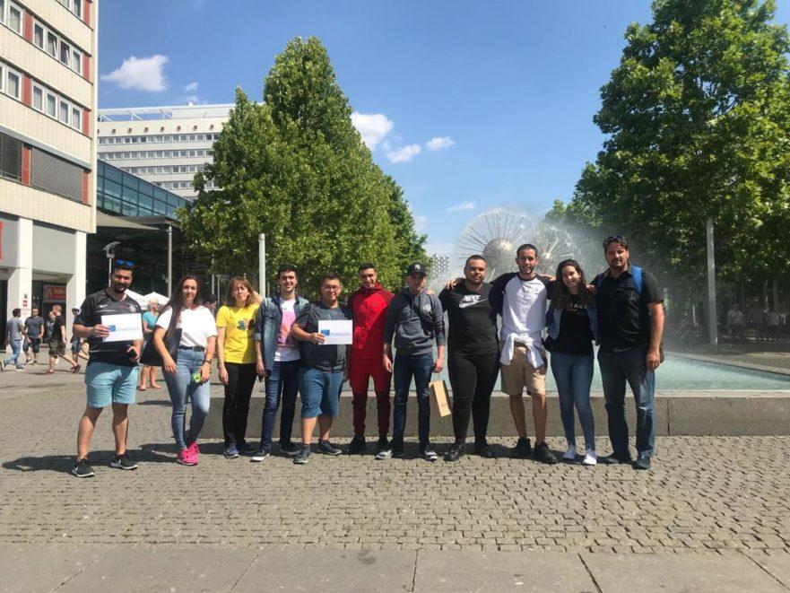 "Die Gruppe ""Fundacion Ideo"" in Dresden"